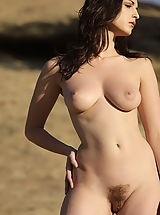 Hairy Babes: WoW nude carlotta defender of the crown