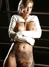 Kleo Valentien, Savannah Fox
