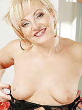Clitoris, Naughty milf Renata stuffs the clear handle of her yellow umbrella in her dripping wet snatch