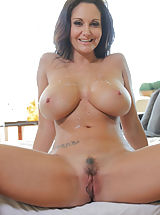 Young Pussy, Ava Addams Bare Photos