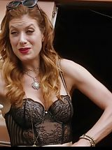 Celebrity Babes: Kate Walsh