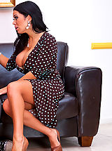 Secretary Pussy: Sienna West shows her student how to fuck like a man