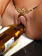 Lesbian Pussy, August Ames Inserts Wine Bottle and Distorts Pussy