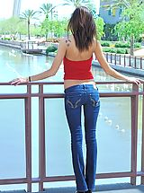 Jeans Babes: Seducing Jody nipples show through