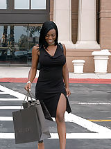 Content of Jada Fire - I was shopping when I med Jada. She was left all alone at the mall because her husband got tired of waiting for her. I couldn't leave a sexy woman behind and invited her to come back home with me and my wonderful and waiting...