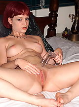 ALS Scan Pics: gwenevieve 01 redhead big clit shaved pussy
