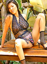 Lingerie Babes: Asian Women siriprapa tung 02 thai forest