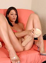 Sex Toy Babes: Lexi stuffs her snatch with a giant brutal dildo
