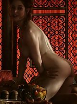 Celebrity Babes: Game of Thrones Girls Middlge ages lesbian training