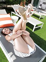 Young Babes, Topless Sinful Female Set No. 1036 Jade Nile reveals her own great fotze