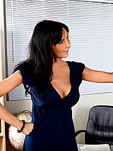 Sexy Babe, Hot Teacher Diana Prince Gets Her Wet Pussy Filled
