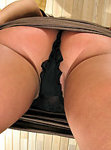 Lingerie Babes: In the Crack Pussy Close Ups