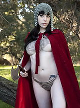 Fantasy Babes: WoW nude vera medieval pussy skin