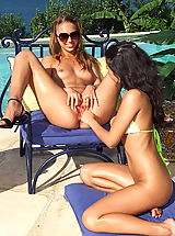 Lesbian Babes: st john 06 shaved pussies