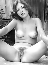Rasierte Moese, Antique Babes