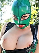 DDF Babes Pussy: Latex Lucy