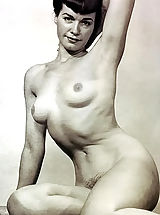 Babe Pics, Previously Unreleased & Not Shown Black & White Vintage Erotica and Fetish Photos of Betty (Bettie) Page