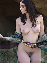 Babes Babes: WoW nude carlotta medieval clothing