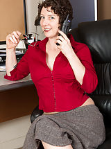 Artemisia - Office MILF chick strips her pantyhose and flirts
