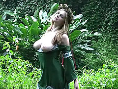 Sexy Babes, Danielle gets naught in the jungle